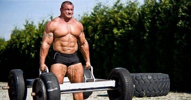 Vine Former World S Strongest Man Shows Ridiculous Power As He Knocks Out Rolles Gracie Sportsjoe Ie World S Strongest Man Strongman Strongman Training