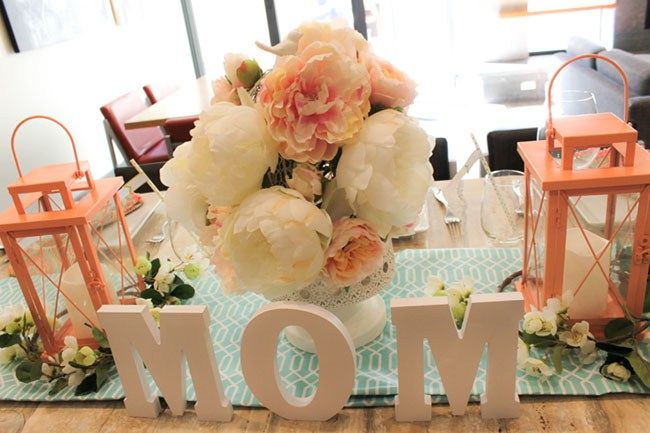 Lovely Blooming Mother S Day Table B Lovely Events Diy Mother S Day Decorations Diy Mother S Day Centerpieces Mothers Day Event