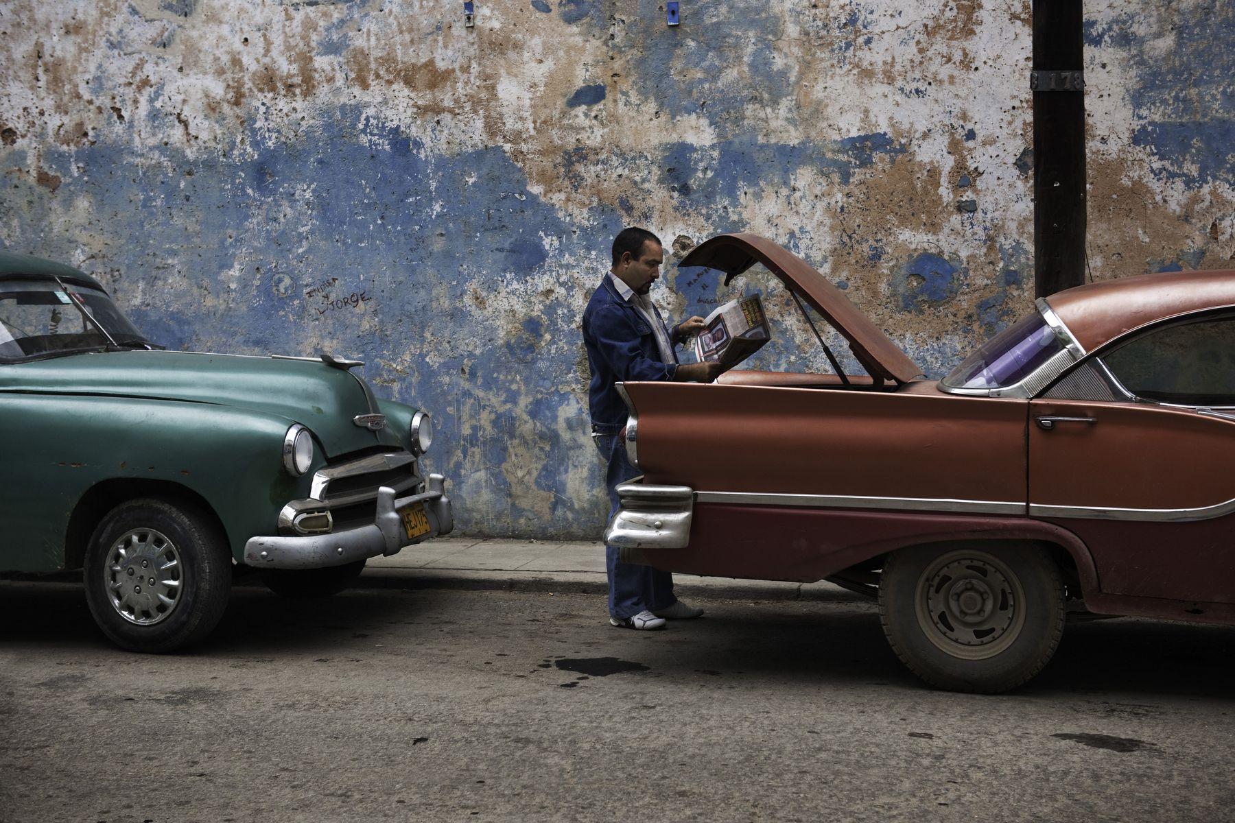 Wall to Wall | Steve McCurry
