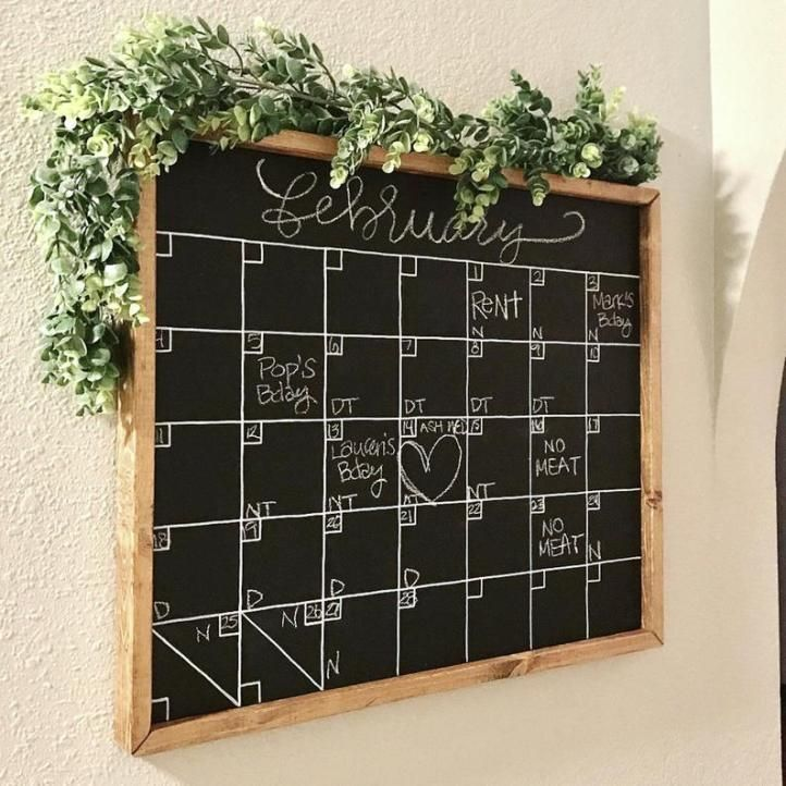 Diy chalkboard calendar chalkboard wall calendars