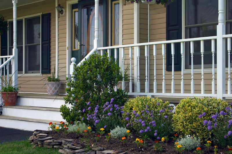Front Porch Landscaping Design Front Yards Raised Flower Beds