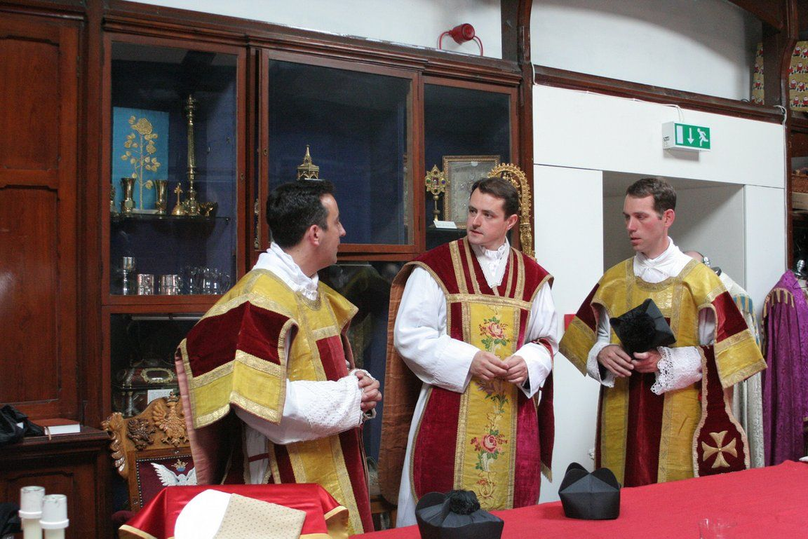 Please Pray For The Fssp Priest Of The Day Fr Simon