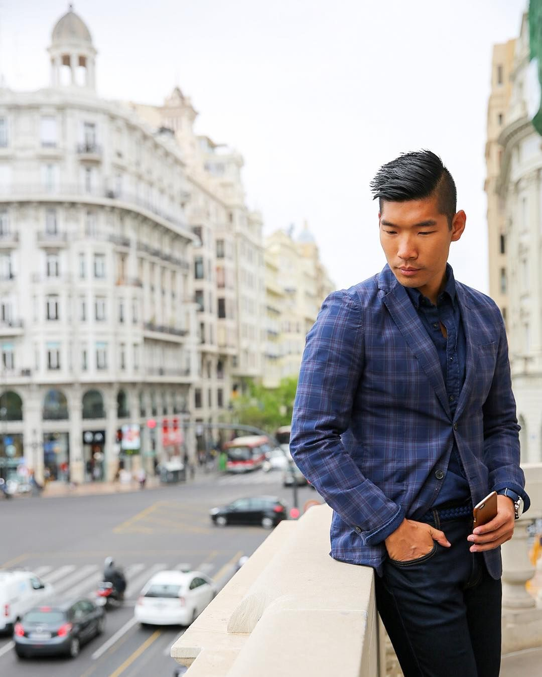 Timeless Style  Love how this sharp casual menswear look fits in #Valencia from the old town to the futuristic parts Full feature link in bio! http://ift.tt/10fRvFt  #LevitateStyle #LevitateSpain