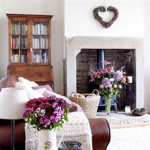 country living room wall on Traditional country living room | Country ...