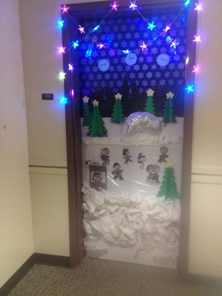 Charlie Brown Christmas door decoration! | Everything ...