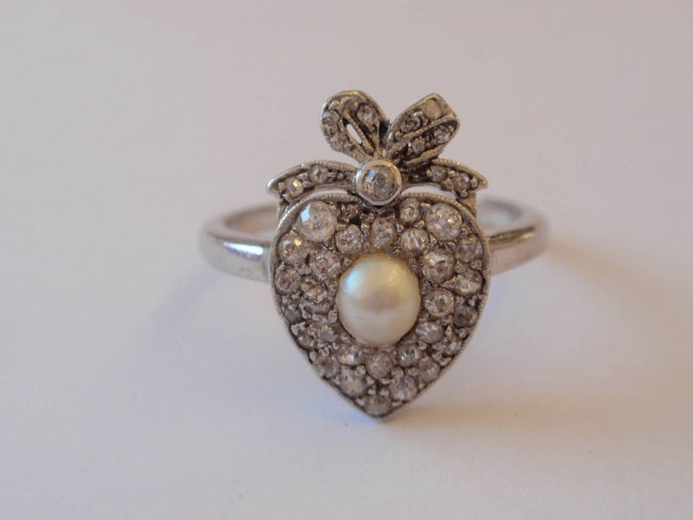 ANTIQUE 18CT. DIAMOND & PEARL HEART & BOW ENGAGEMENT RING  C. 1910