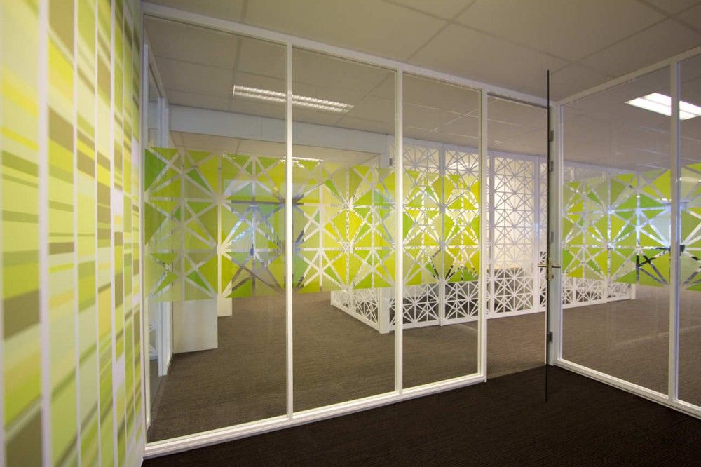 Office Besturenraad / COEN! | Films, Glass and Walls