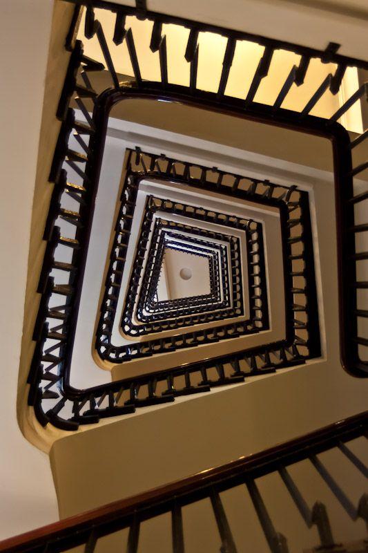 Chilehaus, Treppenaufgang