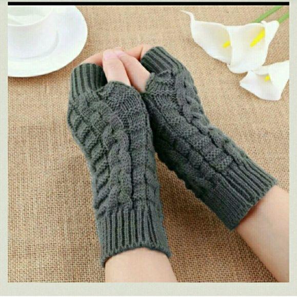 New knit gray fingerless gloves New knit gray fingerless gloves last pair Accessories