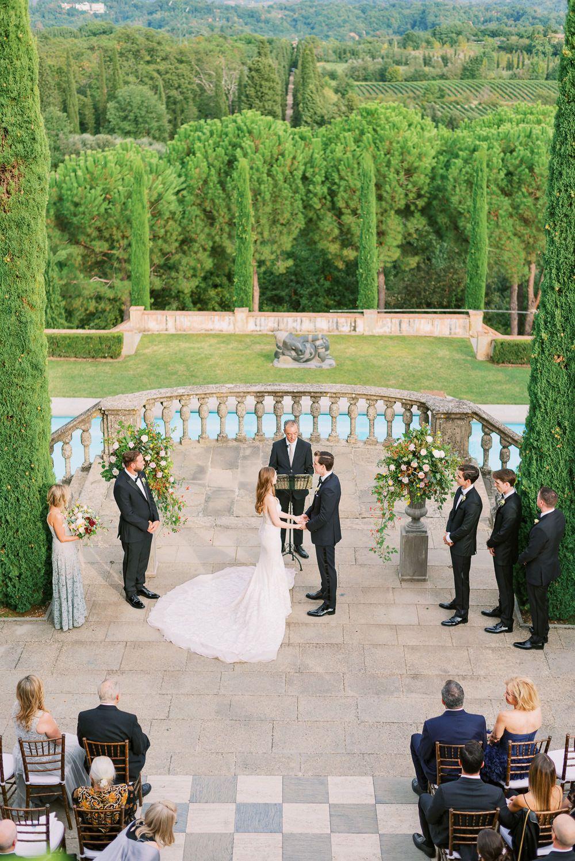 Romantic Italian Wedding In Villa Il Palagio In Tuscany In 2020 Tuscany Wedding Tuscany Wedding Venue Tuscany Italy Wedding