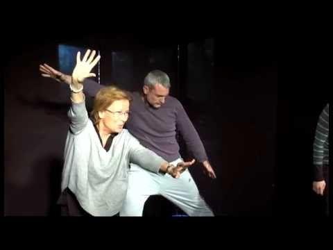 80 Exercices D Entrainement Au Theatre Le Mentir Vrai Adultes Et Seniors Youtube Exercices Theatre Theatre Cours De Theatre