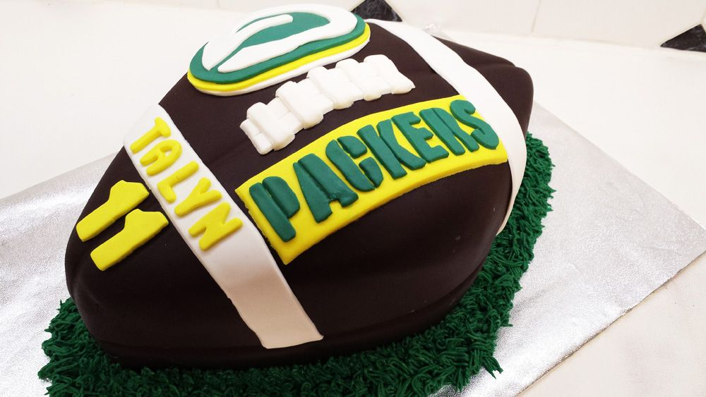 Green Bay Packers Cakes Green Bay Packers Football Cake Birthday Cakes Football Cake Packers Cake Green Bay Packers Cake