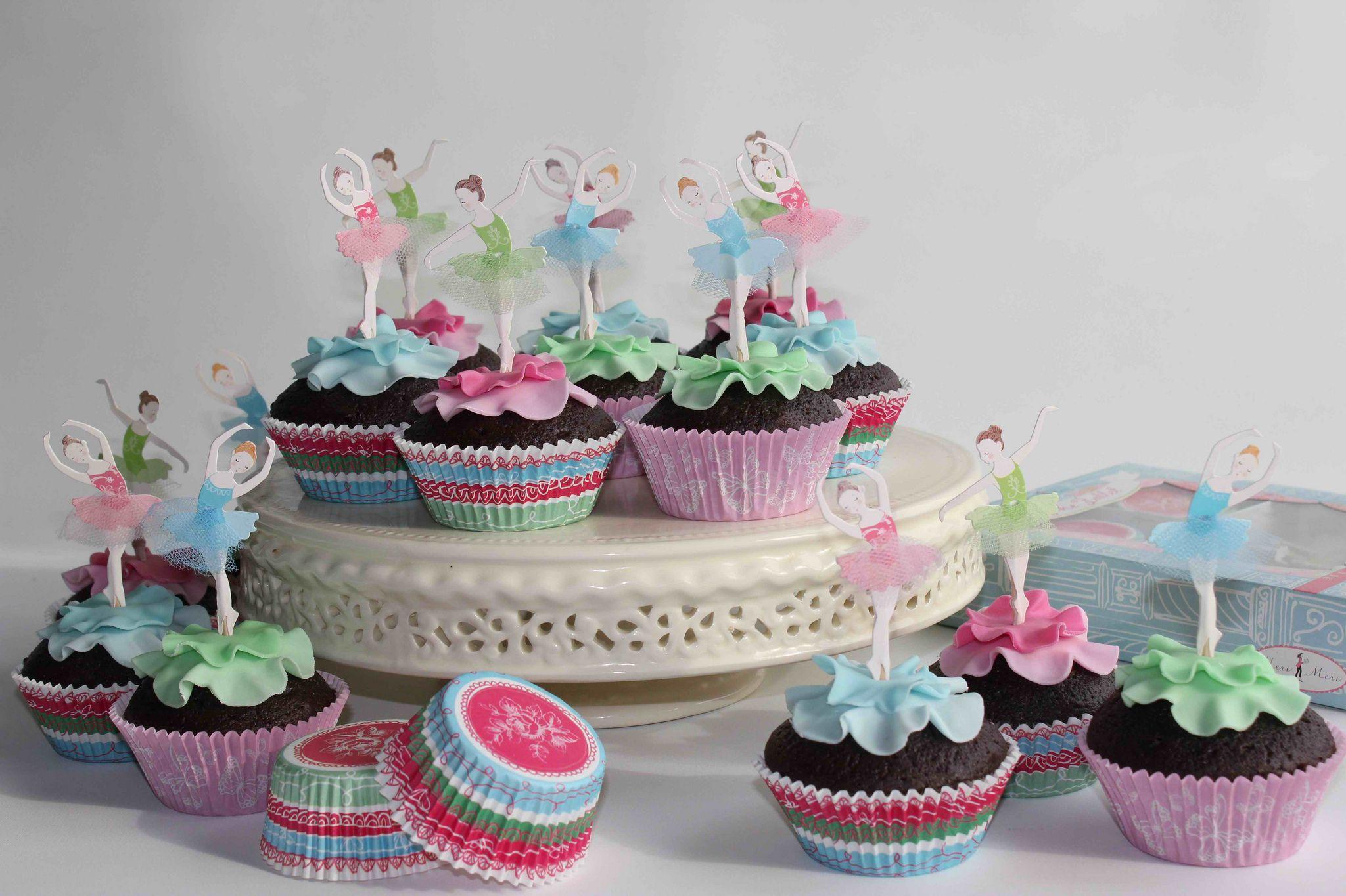 https://flic.kr/p/dT8Ndv | Ballerina cupcakes
