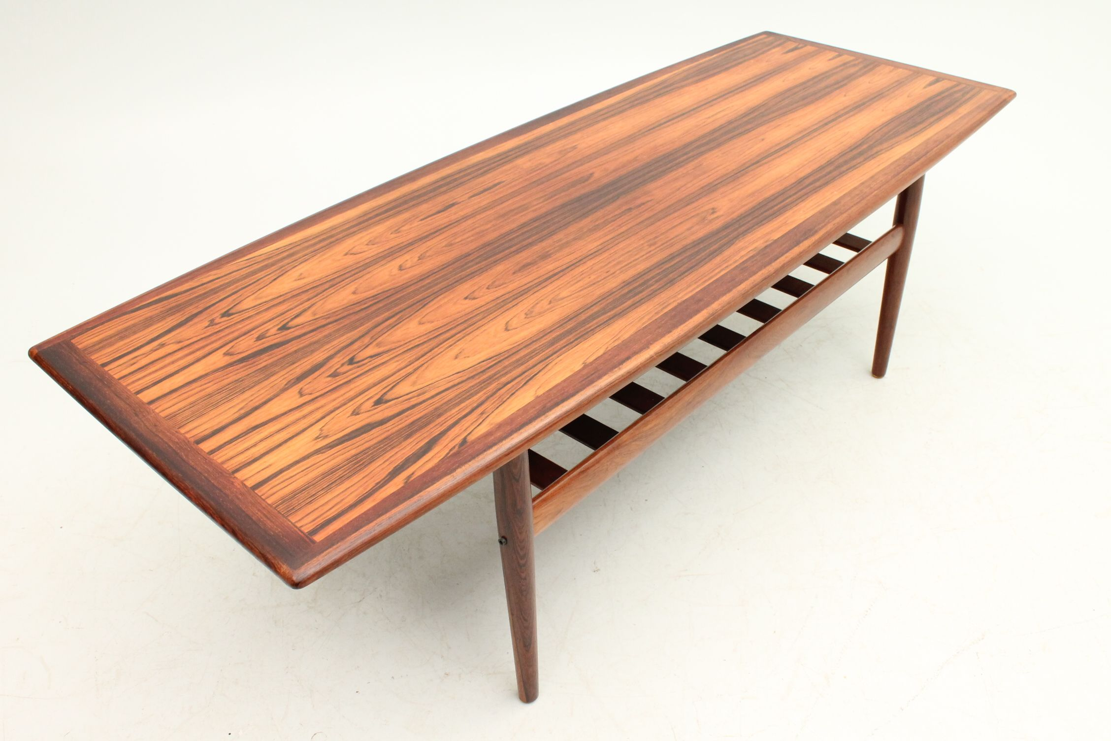 Original Coffee Table In Rosewood Designed By Grete Jalk And Manufactured  By Glostrup Møbelfabrik, Denmark. Www.reModern.dk