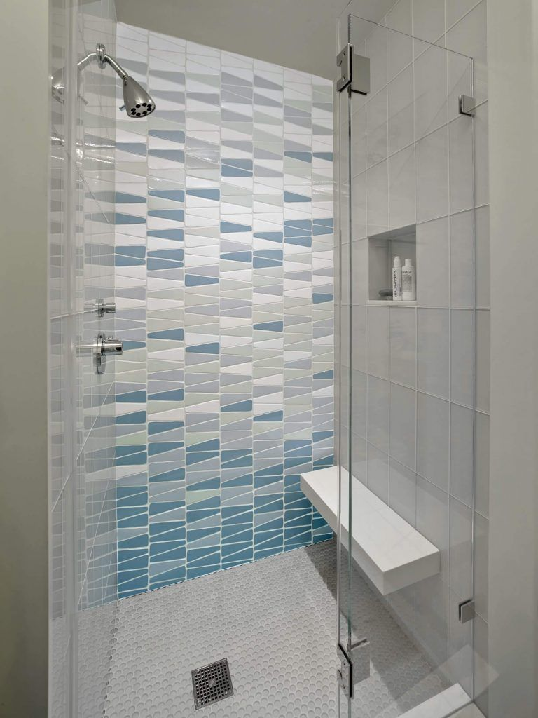 44 Modern Shower Tile Ideas And Designs For 2020 Glass Tile