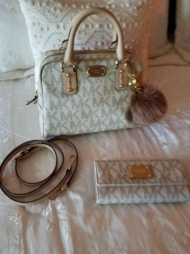 8bde5819d3b3 Michael kors handbag purse jet set vanilla checkbook wallet set keychain pom