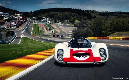 Porsche 907 Longtail by Dennis Noten. (par Denniske)  More cars here.