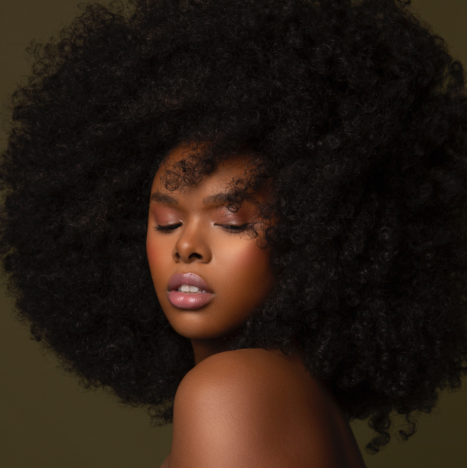 Pin By Miranda Dowdy On Beautiful Women Ebony Hair Human Hair Wigs Weave Hairstyles