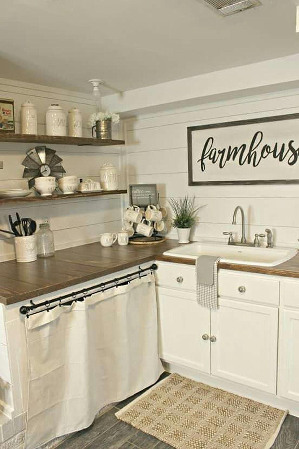 35 stunning small farmhouse kitchen decor ideas best for on best farmhouse kitchen decor ideas and remodel create your dreams id=30396