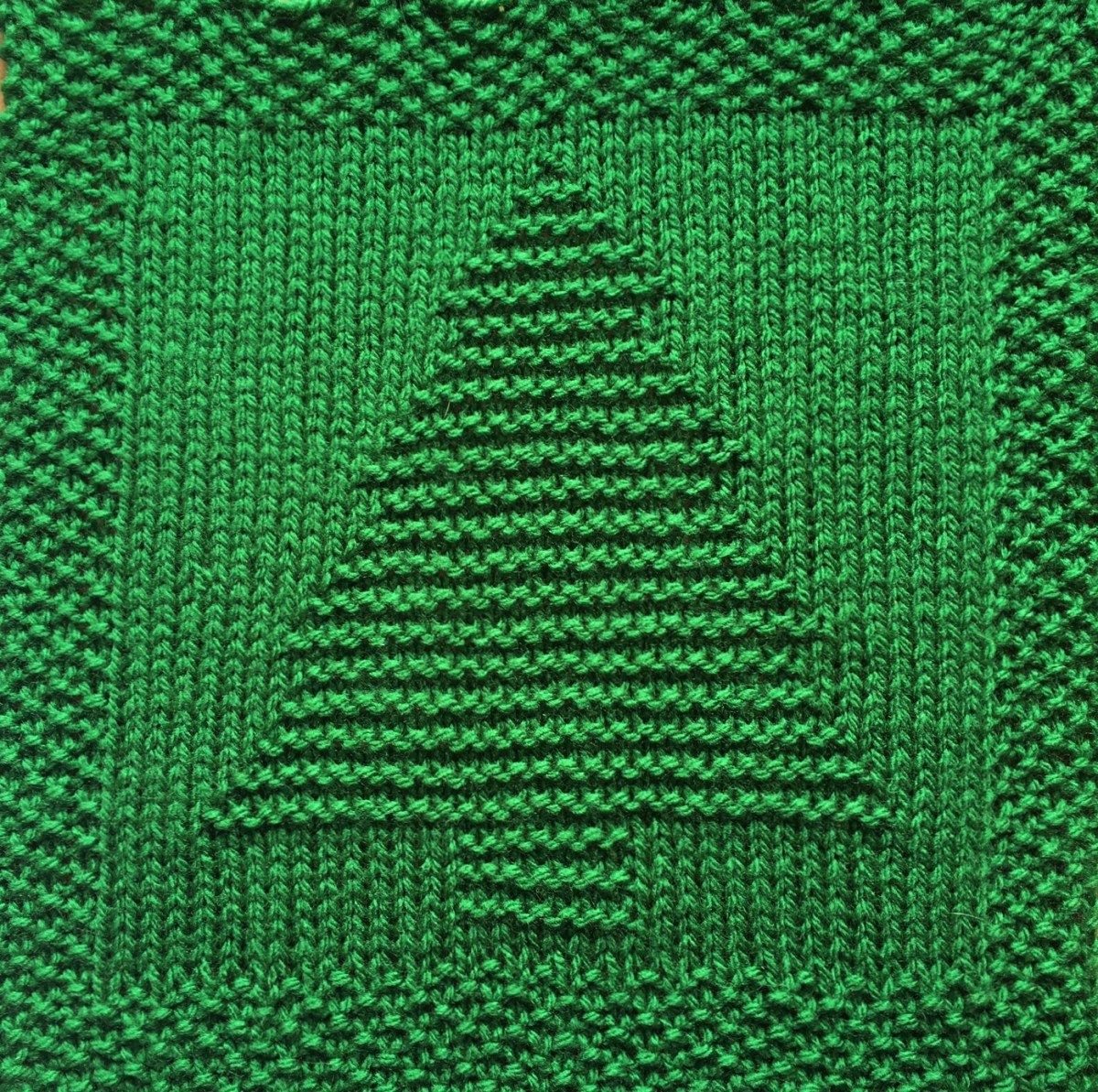 Free Christmas Tree Dishcloth Or Afghan Square Knitted Washcloth Patterns Christmas Tree Knitting Pattern Dishcloth Patterns Free