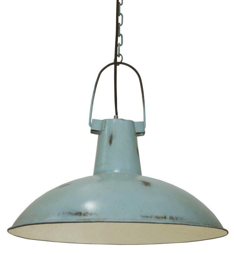 <p>Wat een stoere hanglamp van Kidsdepot in old blue.<br />Dankzij de 'beschadigde' verf geeft de lamp je kinderkamer een industriele look. <br />De lamp heeft een doorsnede van 45 cm. </p>
