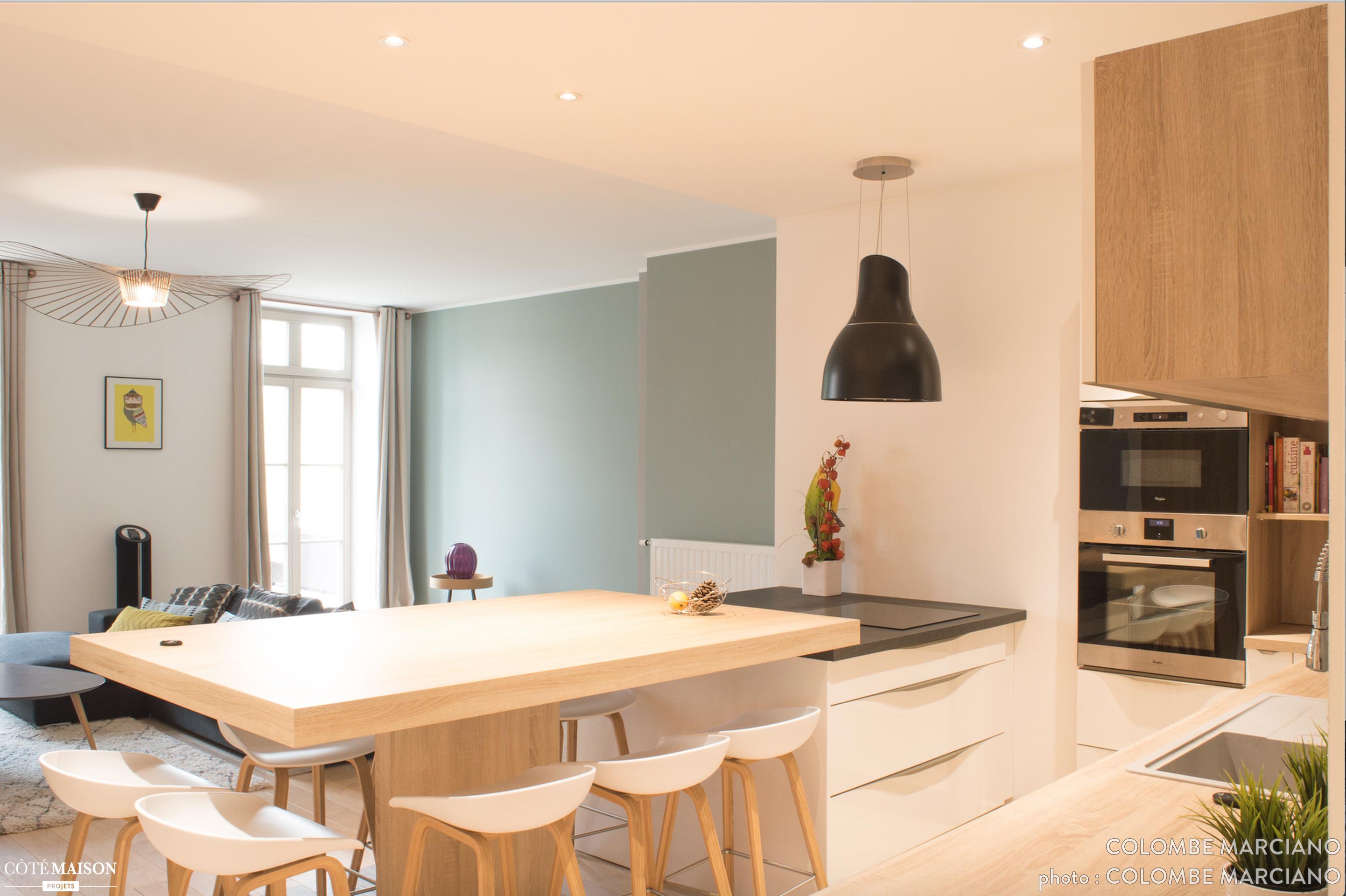 Une d coration pur e et un look scandinave dans des tons - Deco piece a vivre avec cuisine ouverte ...