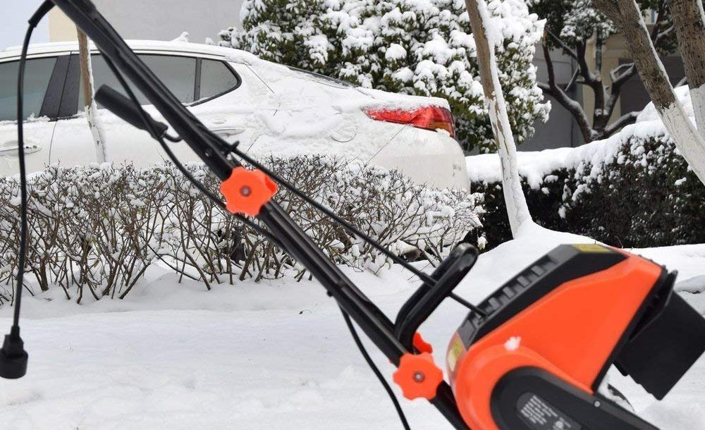 Top 10 Best Electric Snow Blowers in 2018 Buythe10