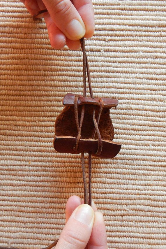 Looking for a different look for your ponytail? This is a handmade hair tie made only out of 100% real reindeer leather from Sweden. This leather is highly durable and material to hold your ponytail with for a beautiful, natural look.  This leather hair holder pulls closed with leather drawstrings; just pull the strings in opposite directions to fasten. Wear this over your pony tail at the base or at the end of a braid. Your hair tie is made to order; this high quality leather is a natural…