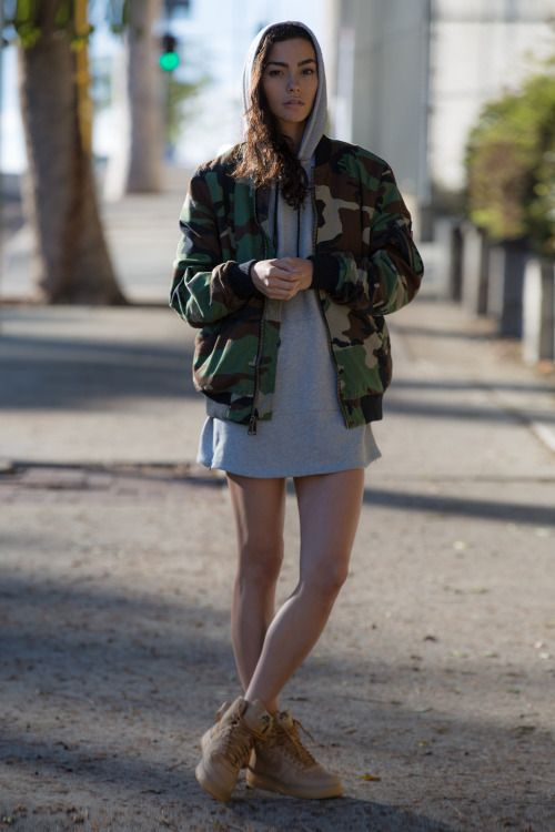 Streetwear Girls 90s Fashion, Fashion Trends, Fashion Outfits, Girl  Fashion, Outfit Work