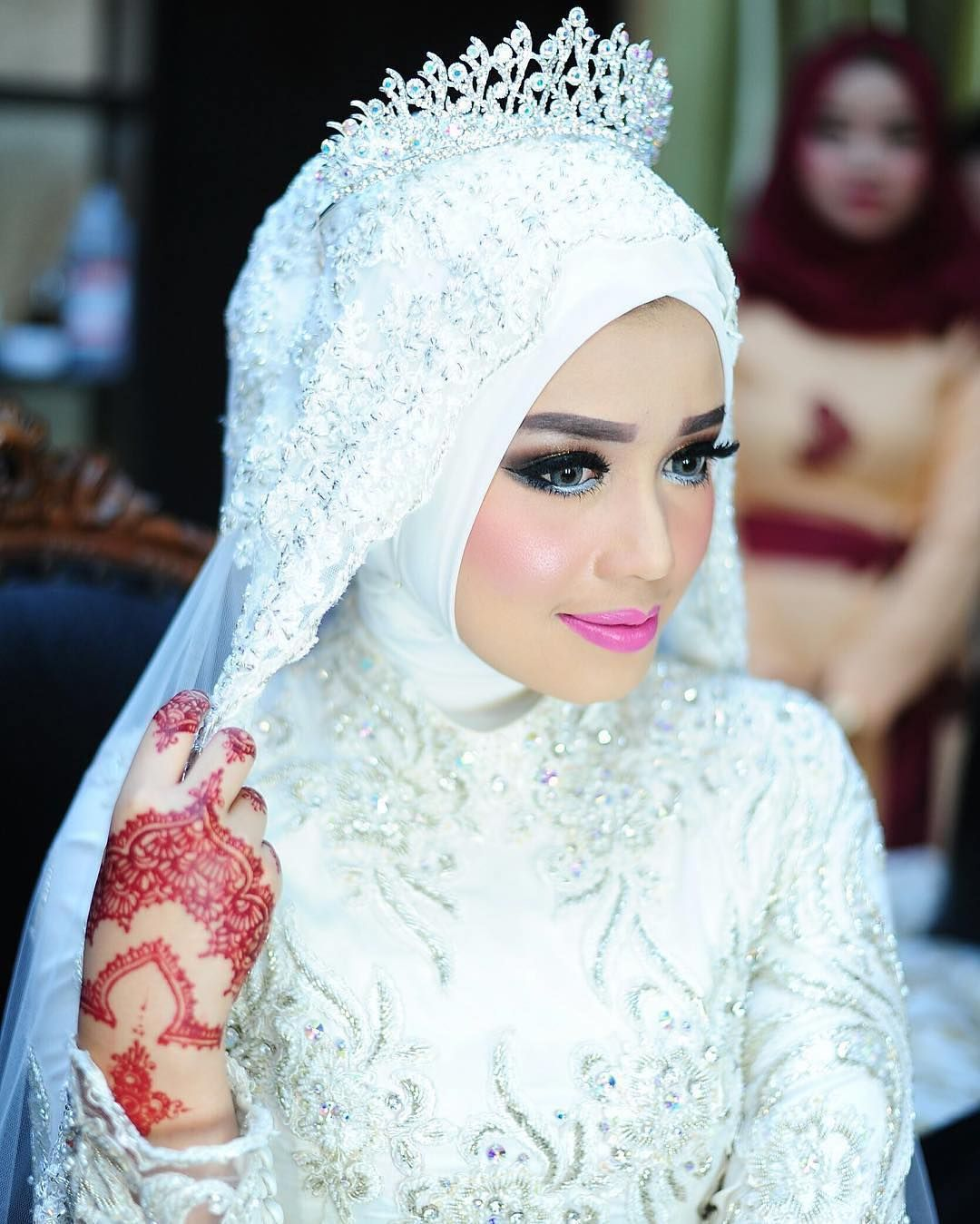 Make up by aswien_makeup Modest wedding, Bridal outfits