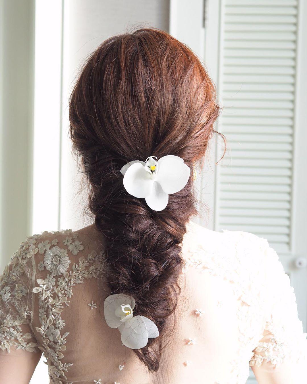 Hair by me @showryu for bride 👰🏻❤️ #minimal #classic #hairstyle #hair #hairs #updo #hairdo #instahair #hairpost #wedding #weddinghair #bride #happy  #
