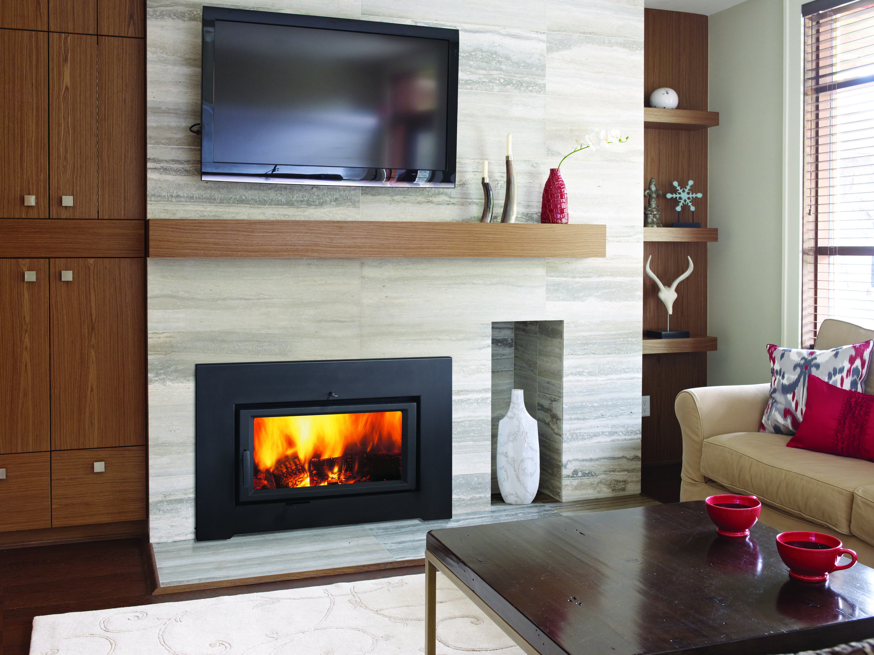 Smooth Stone Fireplace Wall Note The Mantel Face Matches The
