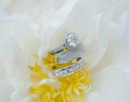 Amanda + Joe | Margot Landen Photography Destination wedding Key West | white + silver + blush palette #realwedding #poemecustom
