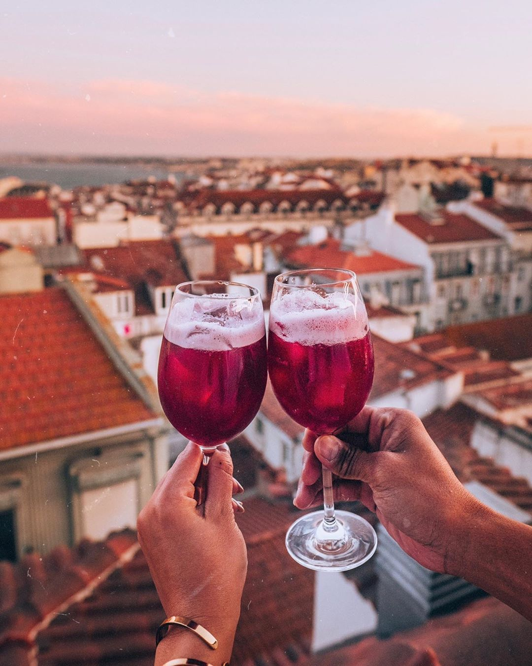 Cherrie Almonte Travel Style On Instagram Cheers To The Weekend And Cheers To This Beautiful Rooftop View From Thelumiares Who S Down For Some Happy Ho I 2020
