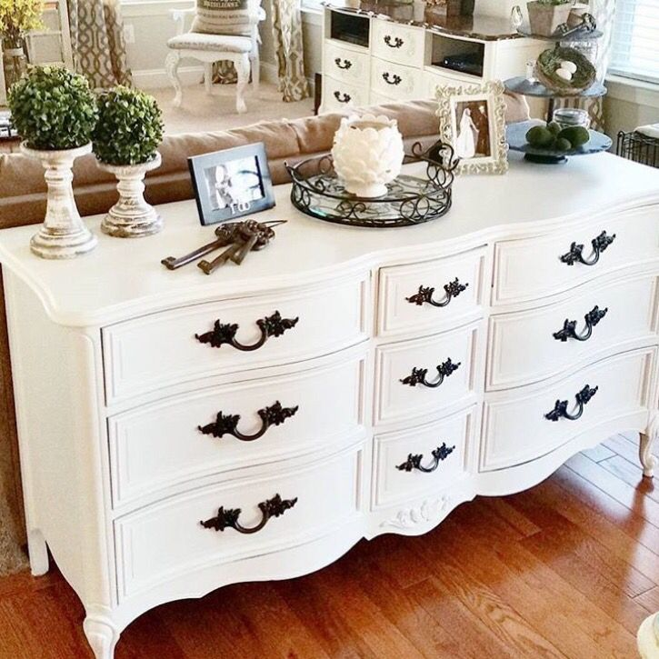 White Dresser buffet | salvage store | Pinterest | Muebles viejos ...