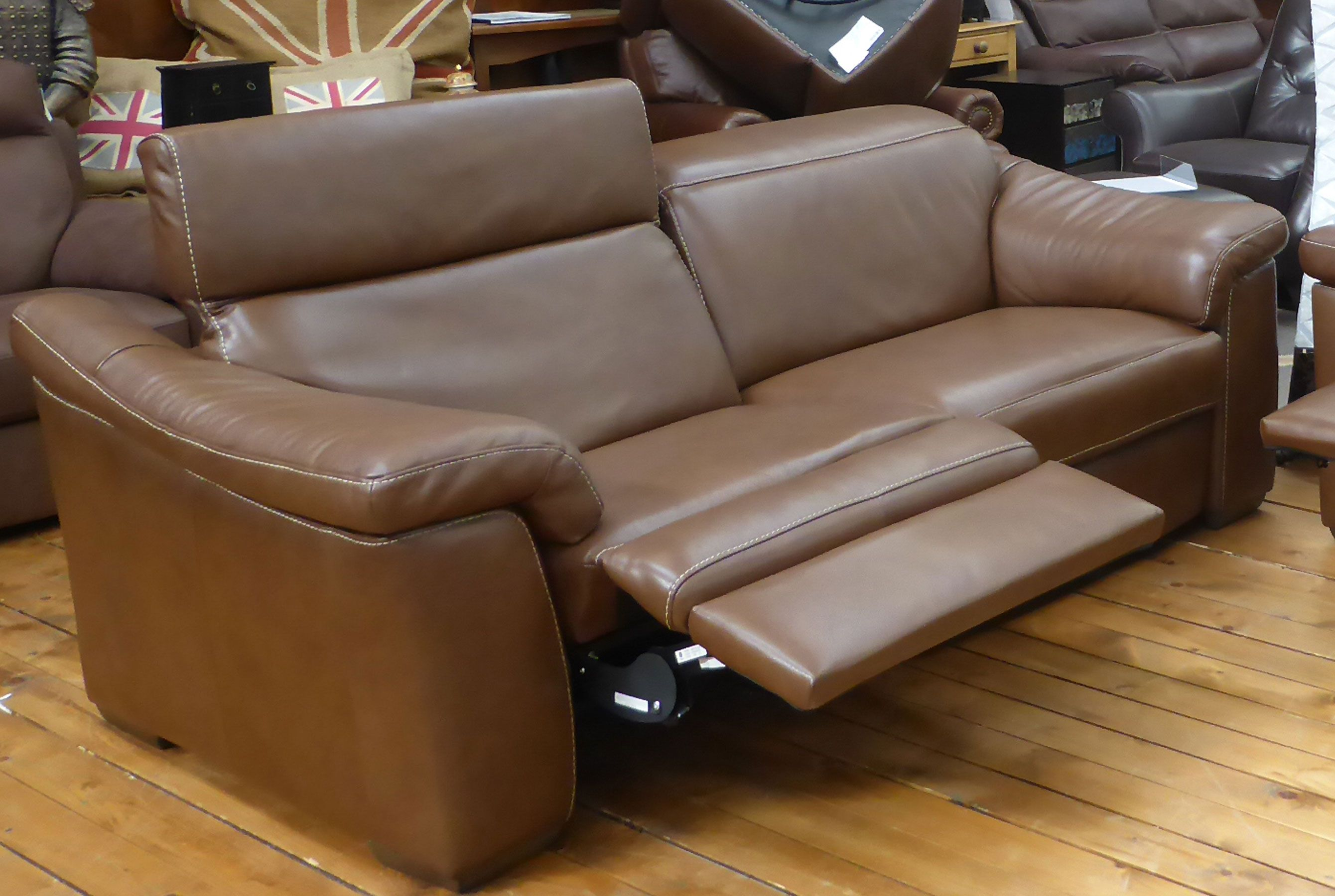 Simbiosi B760 100 Top Grain Leather Sofas And Sectionals