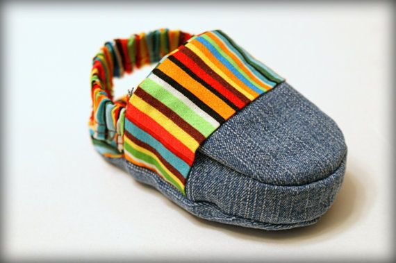 2-in-1 REVERSIBLE Loafer Sandal Pattern, PDF...New baby shoe style...Moccasin via Etsy
