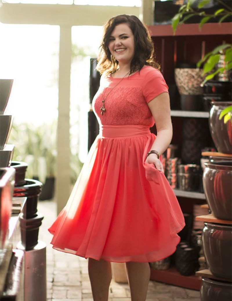 Coral Short Bridesmaid Dresses Plus Size Short Sleeve Chiffon Knee ...
