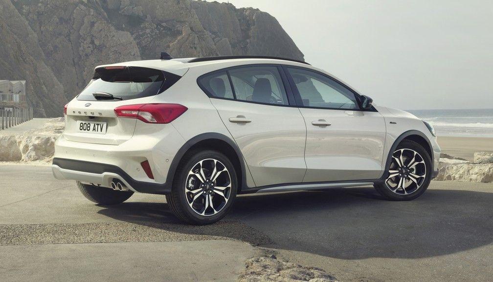 Novo Ford Focus estreia na Europa com inédita versão