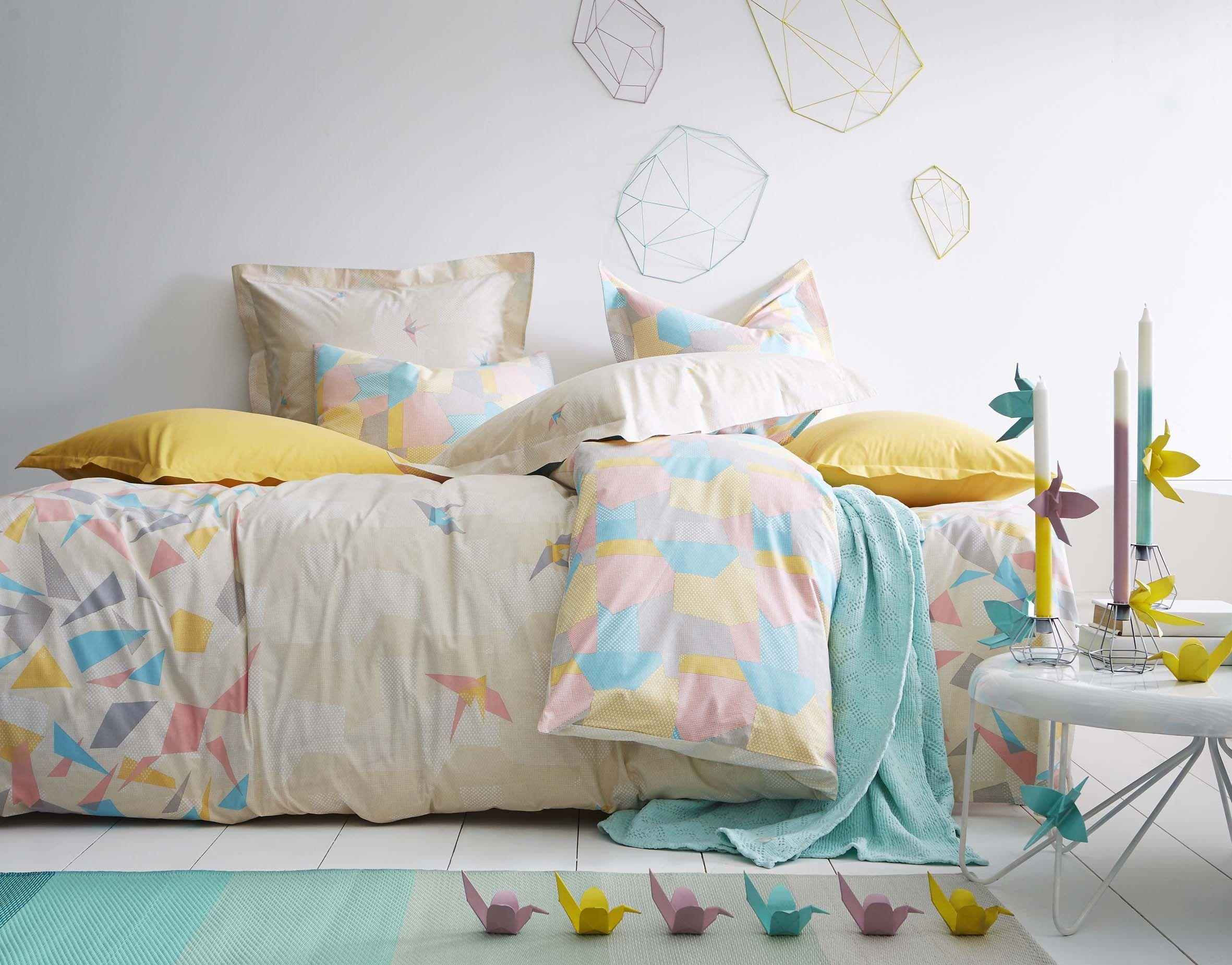 linge de lit essix origami housse de couette drap plat drap housse taie d 39 oreiller et de. Black Bedroom Furniture Sets. Home Design Ideas
