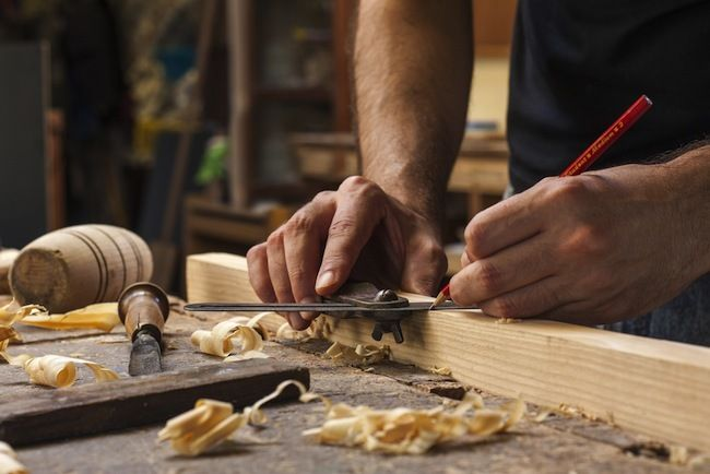 Bob Vila S 7 Essential Woodworking Tools Essential Woodworking