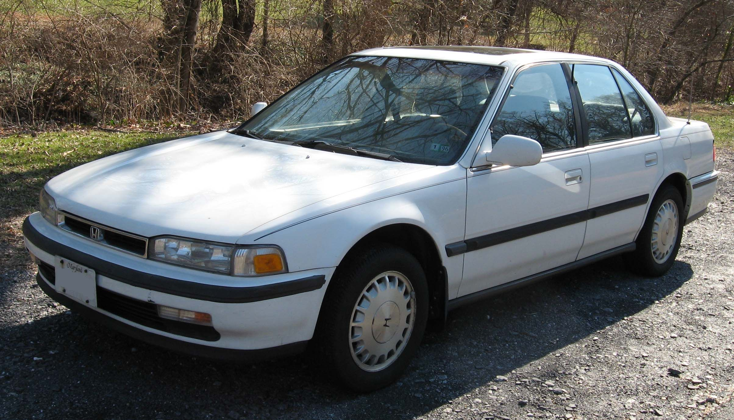 1990 Honda Accord Sedan   Honda Accord Sedan Car And Driver Capsule Review:  1990 1993 Honda Accord December 15th 2009 At 1:33 Pm; A 91 Accord Ex Was My  ...