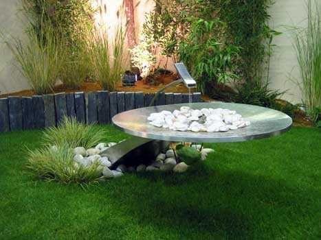 Idées décoration fontaine inox sur espace paysagé de votre jardin ...