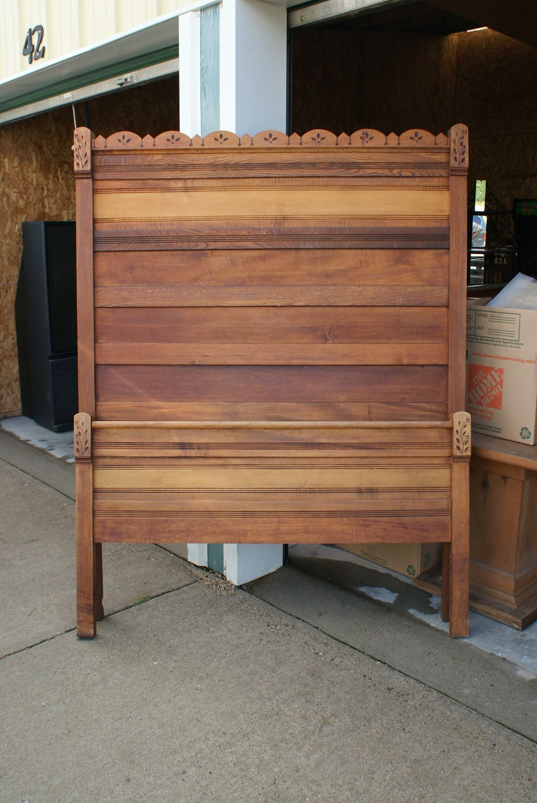 Old antique solid wood piece furniture bedroom set bed