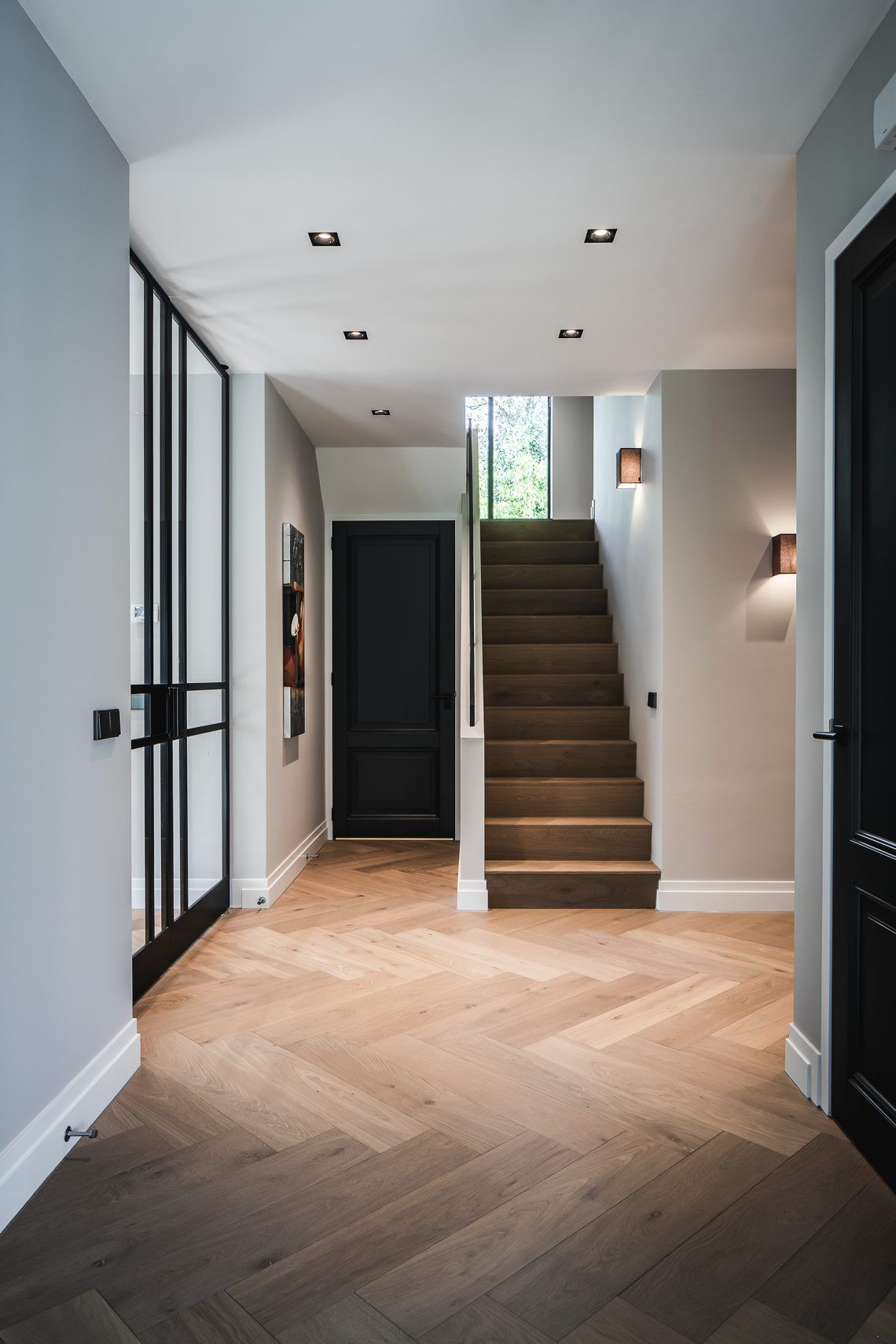 Nobel Flooring - Houten vloer groot model visgraat - Hoog ■ Exclusieve woon- en tuin inspiratie. #halinrichting