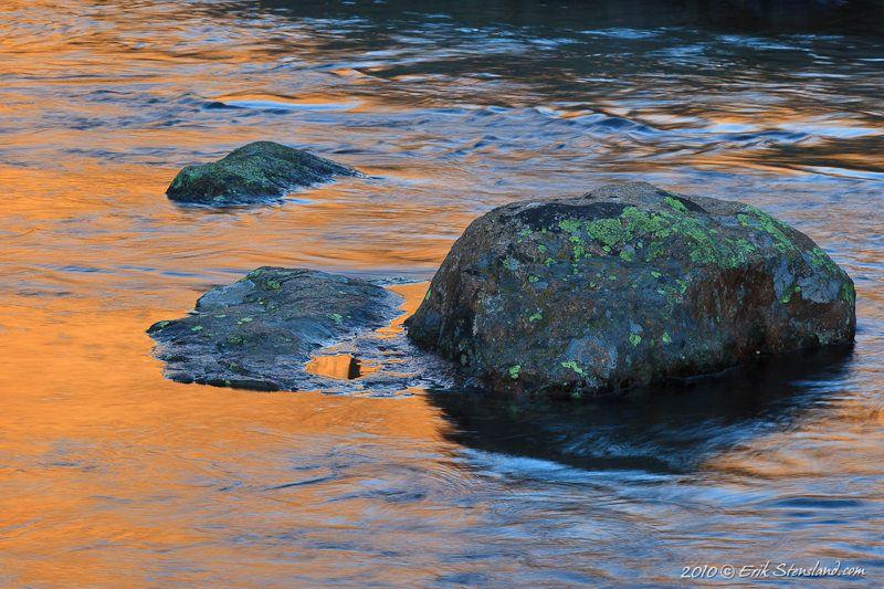 Orange n Rocks photo