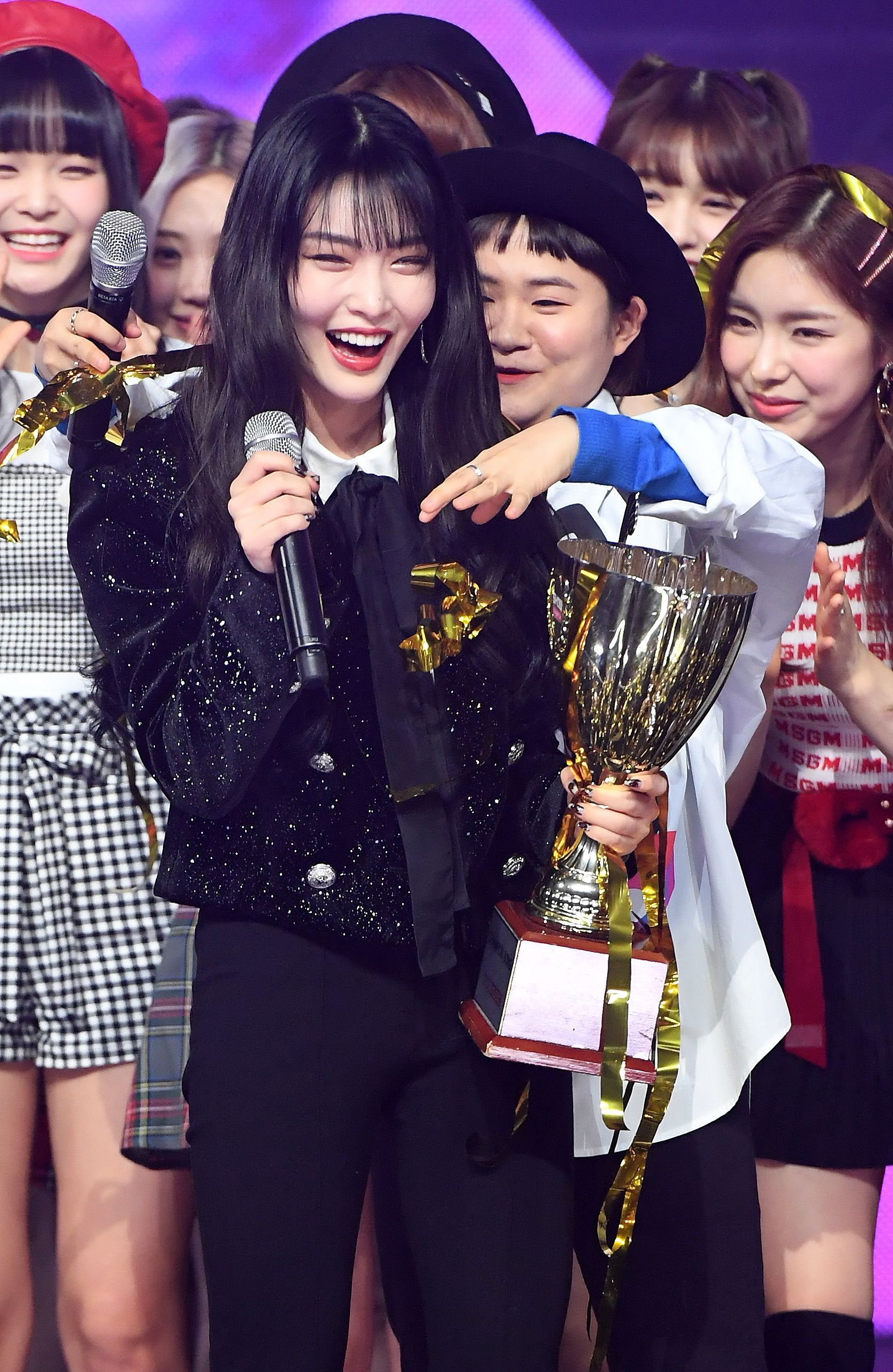 190109 Chungha 1st Win At Show Champion Black Pink Leader Girl Group Singer