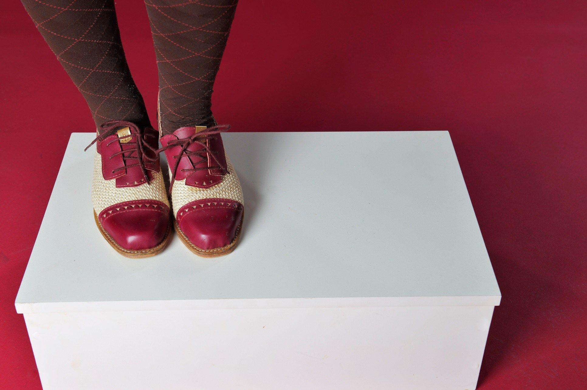 Gasp Design oficina da gasp design em sapatos artesanais mídias