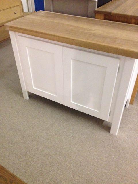 white vanity unit with solid oak top aspenn furniture make solid wood bespoke vanity units no. Black Bedroom Furniture Sets. Home Design Ideas