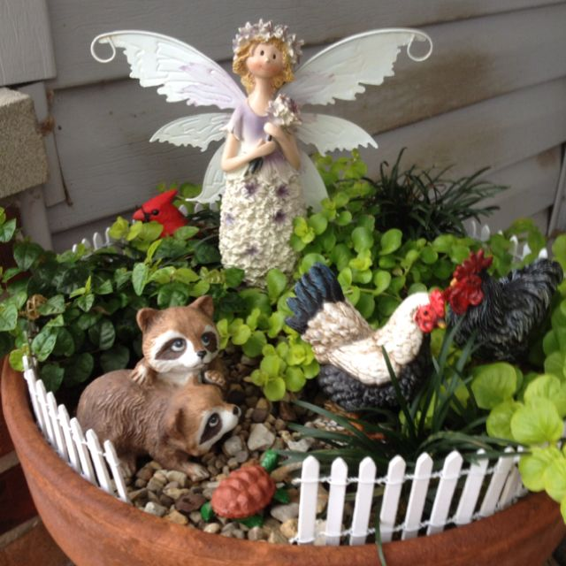 Mary Homann 39 S Fairy Garden Made With Items Brought At Michaels And Hobby Lobby Can You Find